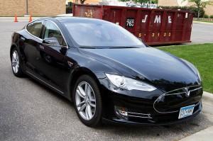 14_Tesla_Model_S