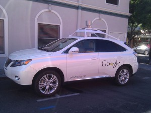 Google_self-driving_car_in_Mountain_View